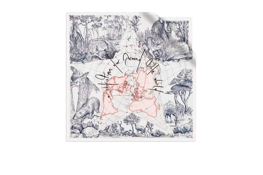 Foulard en soie collection Dioriviera, , 370 € Dior.