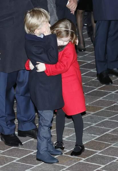 Les jumeaux Jacques et Gabriella à Monaco le 26 janvier 2020, inséparables. Trop craquant.