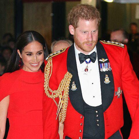 """Meghan Markle et Harry """"ne comprennent rien à la communication"""": un proche de la reine s'énerve"""