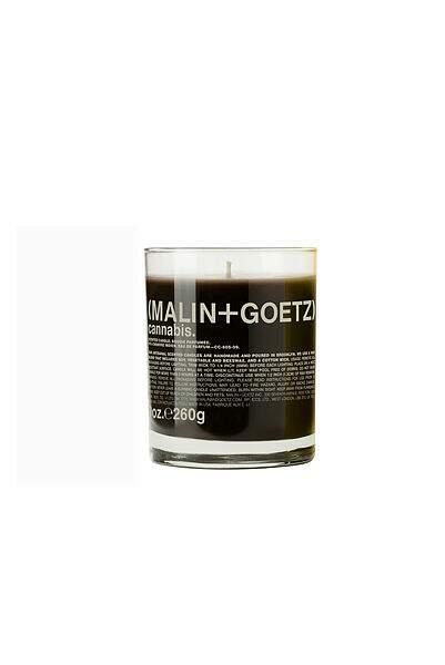 Bougie Cannabis, Malin + Goetz, 780 g, 179 €, galerieslafayette.com.