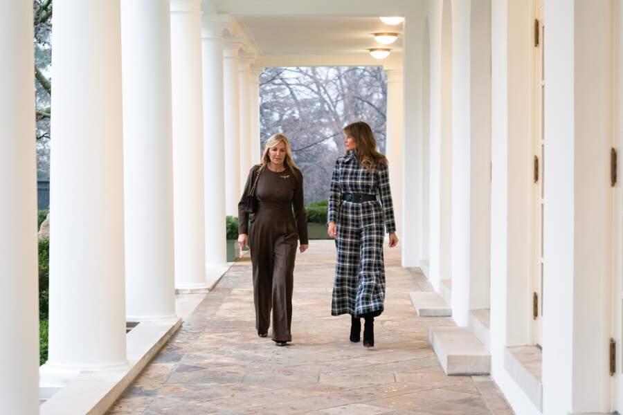 Melania Trump en tweed Chanel le 7 janvier 2020 avec la femme du premier ministre grec, Mareva Grabowski-Mitsotakis.