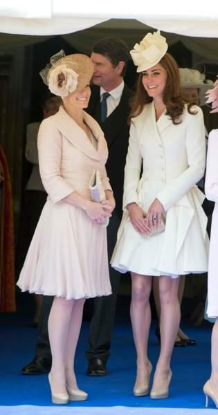 Kate Middleton dans un ensemble crème à Windsor le 18 JUIN 2012.