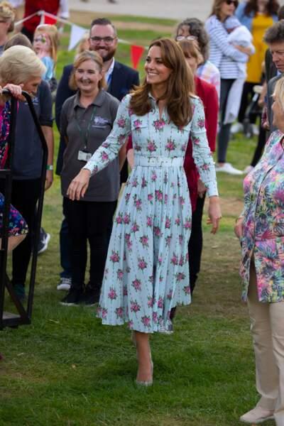 Kate Middleton collectionne les robes fleuries comme ce modèle Aurora d'Emilia Wickstead, ici le 10 septembre 2019.