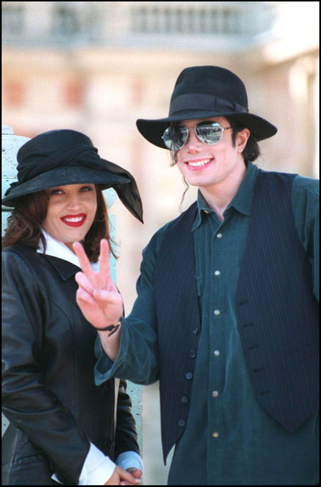 Michael Jackson a partagé la vie de Lisa Marie Presley, la fille d'Elvis Presley, durant les années 1990