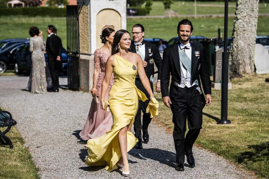 Sofia et Carl Philip de Suède lors du mariage de Louise Gottlieb à Stockholm, le 2 juin 2018.