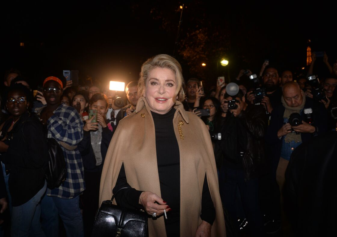 Catherine Deneuve au défilé Céline, lors de la Fashion Week de Paris, le 27 septembre 2019.