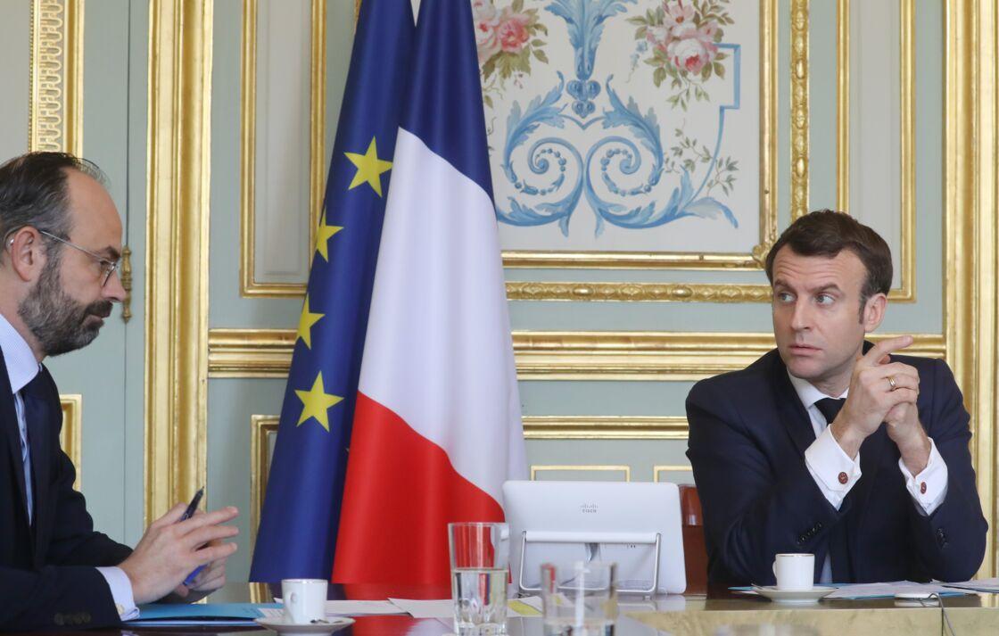 Le président de la République Emmanuel Macron préside une réunion de la « task force économie » avec Edouard Philippe au palais de l'Élysée à Paris. Paris le 19 mars 2020