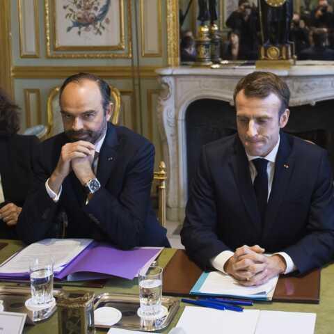 """""""Oui ils ont multiplié les petites bourdes"""": Emmanuel Macron et Edouard Philippe face aux reproches"""