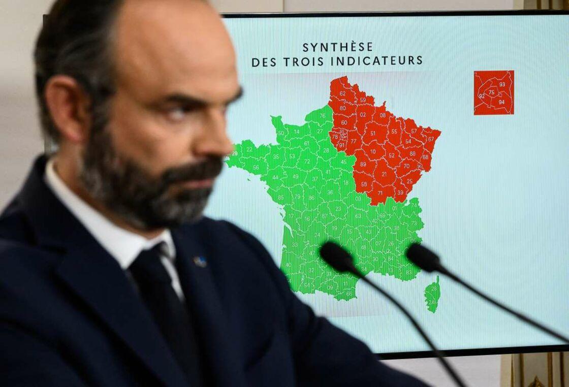 Édouard Philippe, devant la carte de déconfinement présentée le 7 mai 2020.