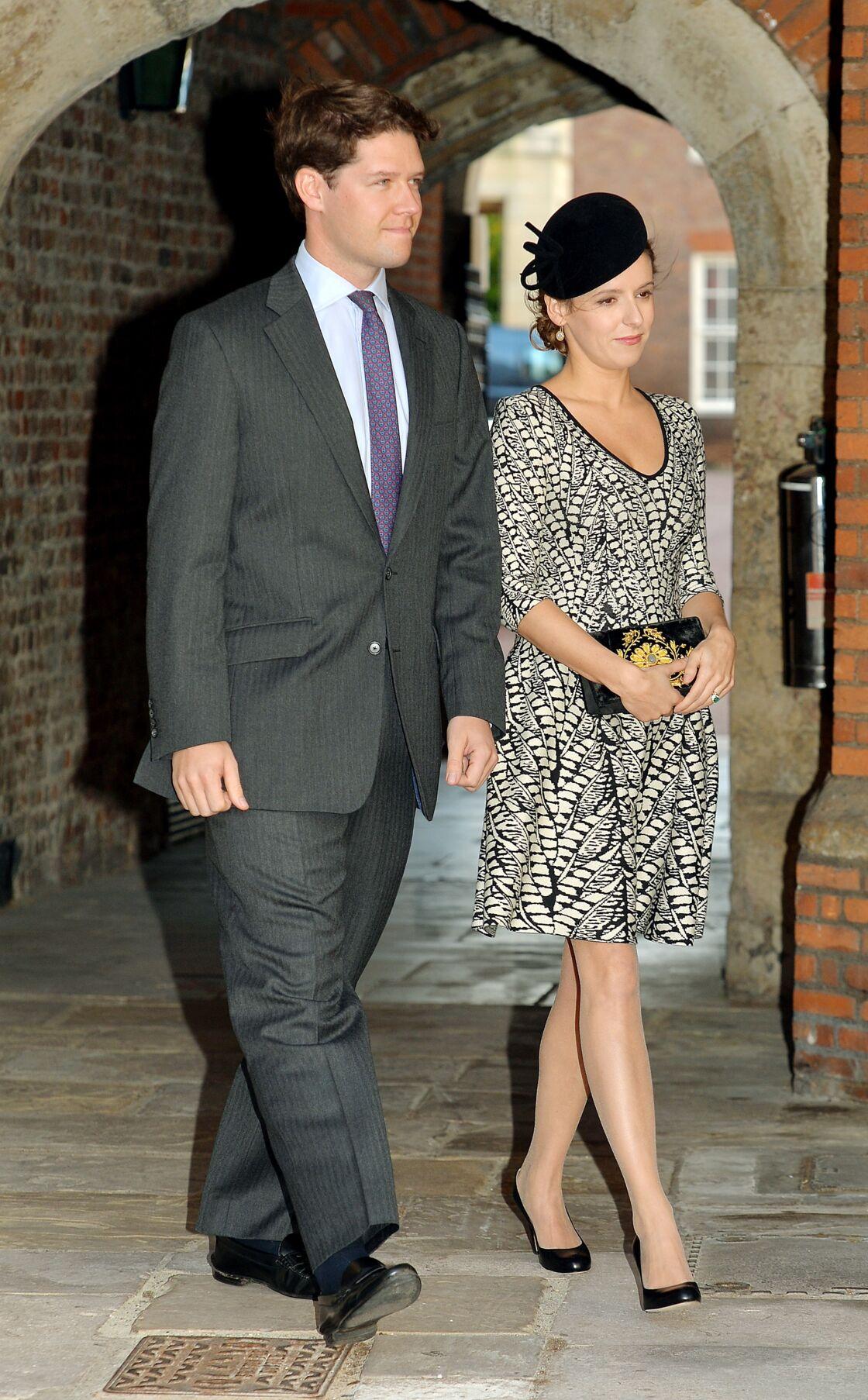 Emilia Jardine-Paterson et son mari ont assisté au baptême du prince George en la chapelle royale du palais Saint James à Londres, le 23 octobre 2013.