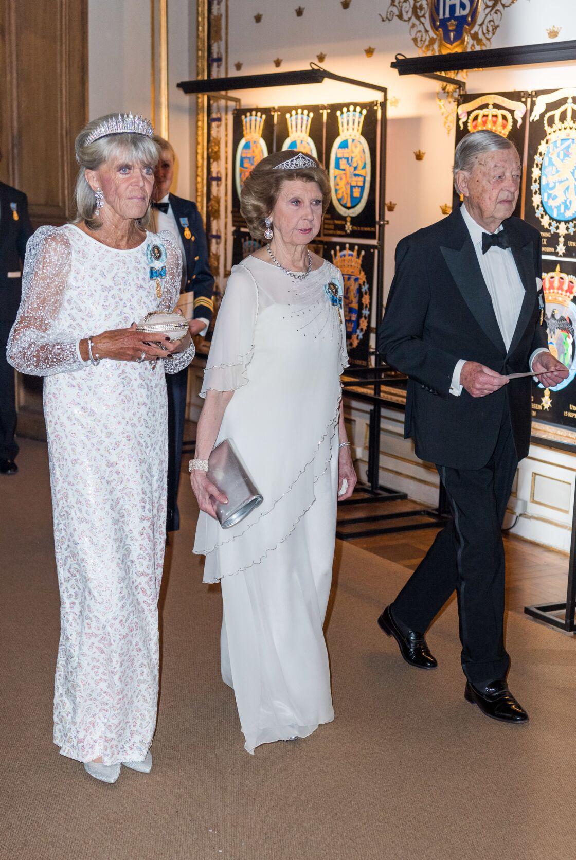 La princesse Birgitta en tenue d'apparat, lors du banquet donné en l'honneur des 70 ans de son frère Carl XVI Gustav, au palais royal de Stockholm, en avril 2018.
