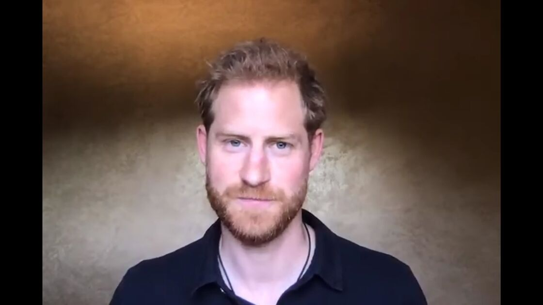 Le prince Harry garde le contact en direct de Los Angeles