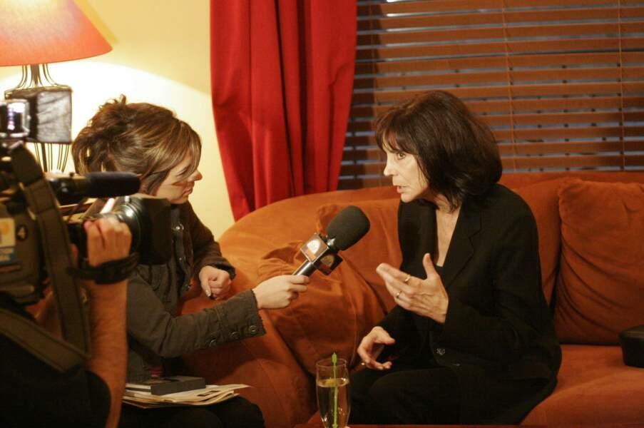 La chanteuse canadienne Renée Claude a été emportée par le Covid-19 le 12 mai.