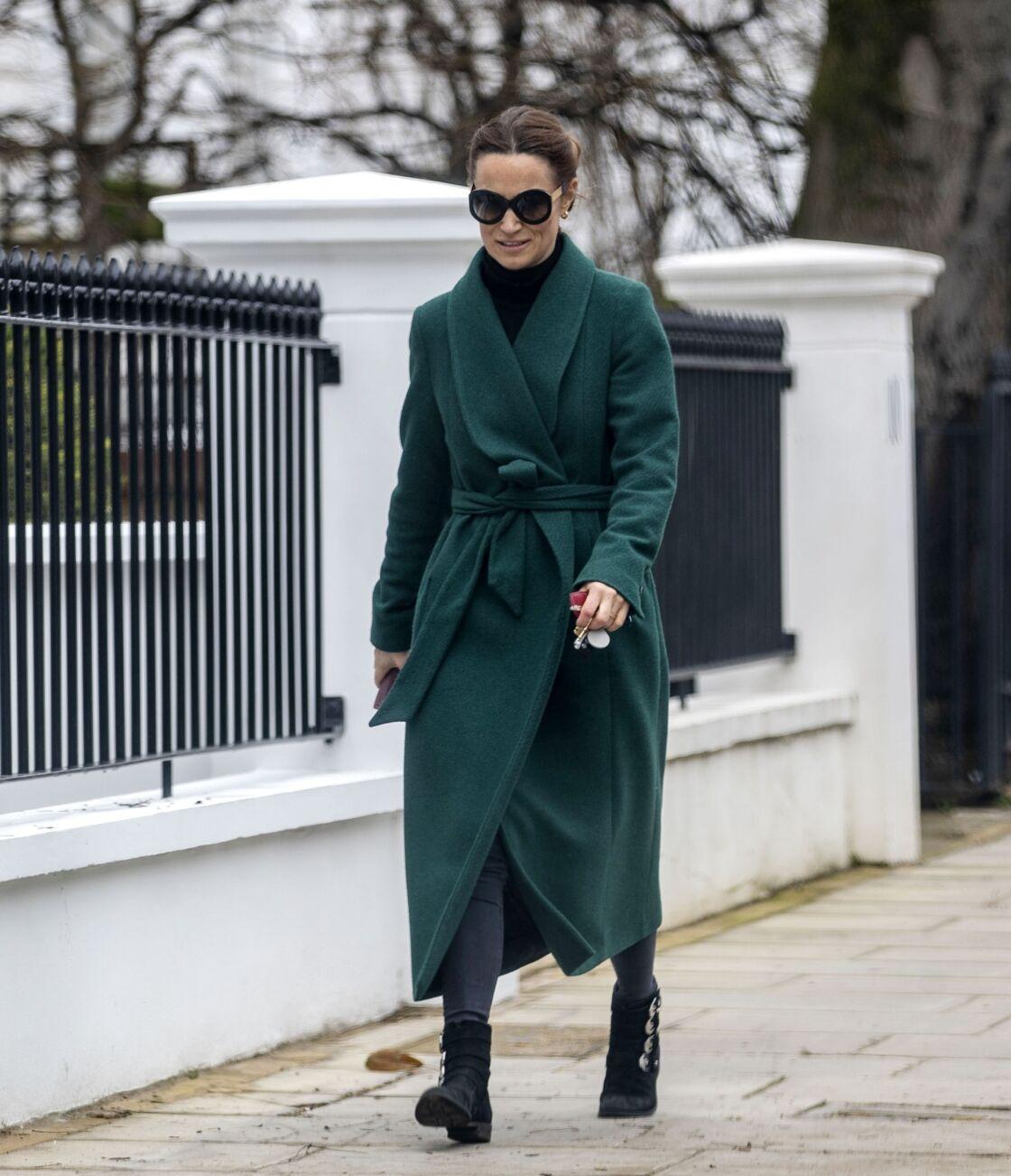 Pippa Middleton photographiée dans les rues de Londres pour la dernière fois, le 10 mars dernier.