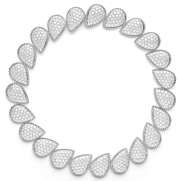 Collier en or blanc et diamants, Boucheron.