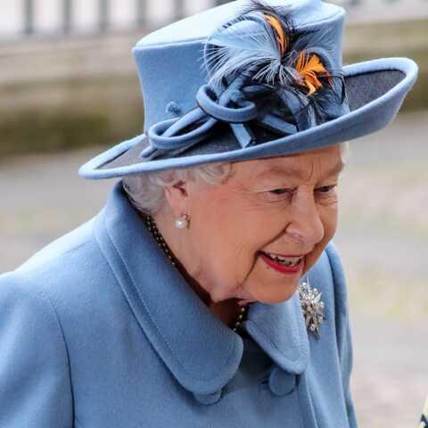 Elizabeth II en a marre des visioconférences: «Elle souhaite être vue»