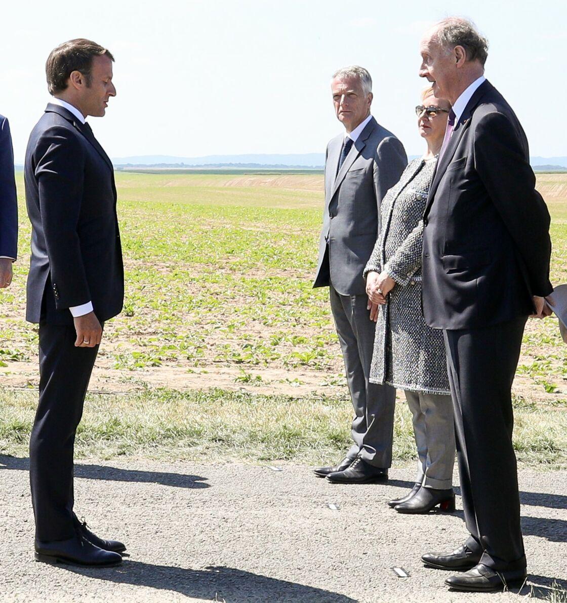 Emmanuel Macron et Yves de Gaulle à Montcornet le 17 mai 2020