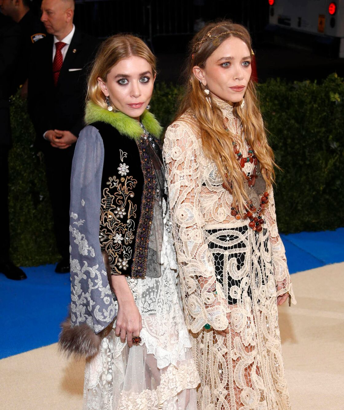 Mary-Kate et Ashley Oslen lors du gala du Met à New York le 1er mai 2017