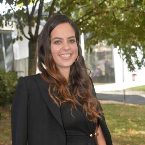 Anouchka Delon «travaille dur» pour retrouver la ligne après sa grossesse