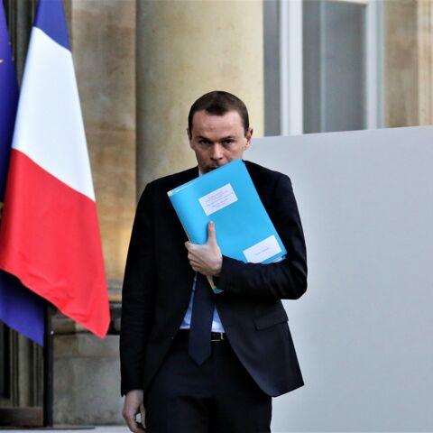 Un secrétaire d'Etat d'Emmanuel Macron épinglé: ces deux tableaux qui créent la polémique