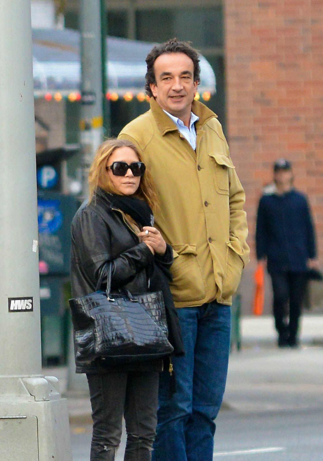 Olivier Sarkozy et Mary Kate Olsen se promenant dans les rues de New York le 18 novembre 2012