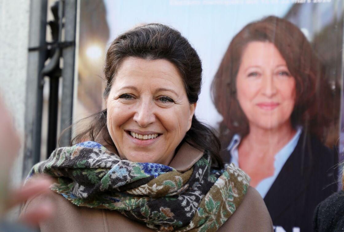 Agnès Buzyn en campagne à Paris, le 13 mars 2020