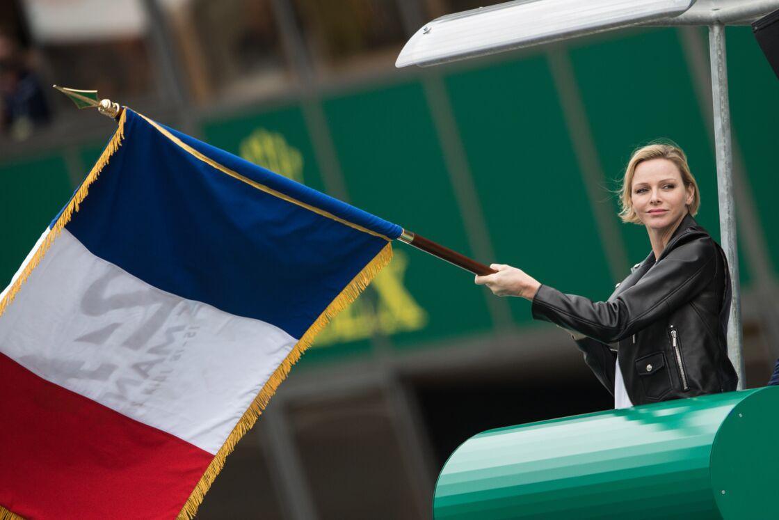 La princesse Charlene de Monaco donne le départ de la 87ème édition des 24 Heures du Mans, en juin 2019.