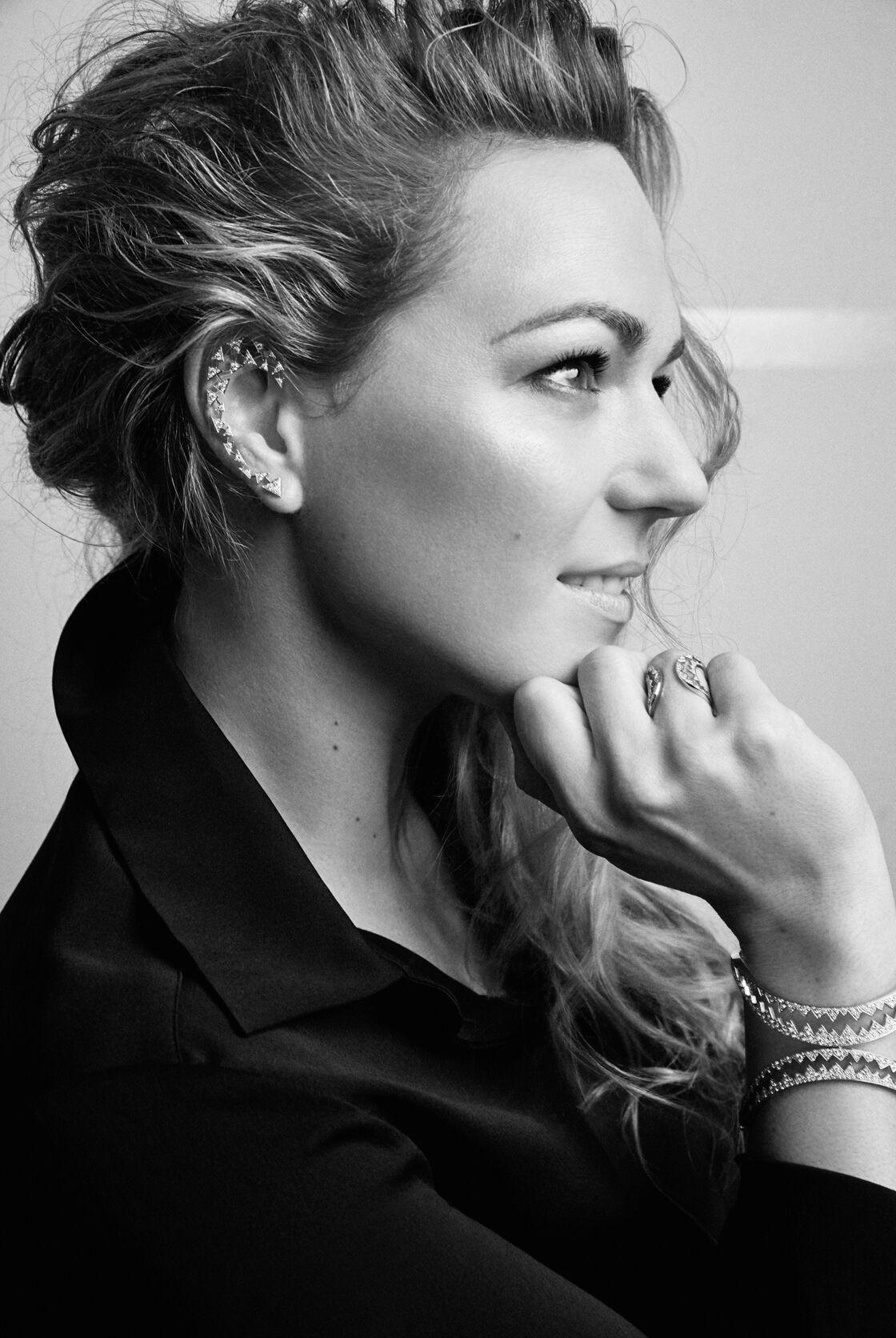 Caroline Gaspard est passionnée de joaillerie depuis sa tendre enfance. Femme de conviction, elle n'a pas peur de casser les codes. Pari réussi avec cette nouvelle collection inédite qui sera lancée au mois de juin.