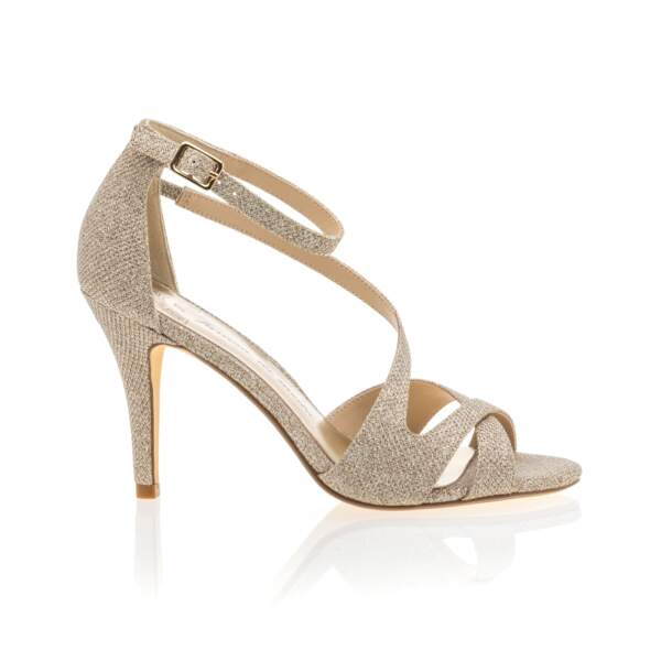 Sandales simili cuir, 59,99€, Besson Chaussures.