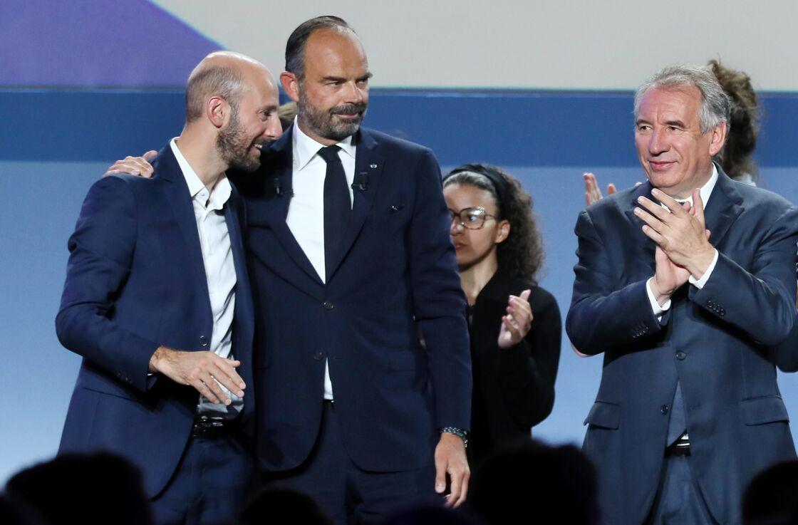 Stanislas Guerini entouré d'Edouard Philippe et de François Bayrou lors de la clôture du Campus des Territoires de la République En Marche à Bordeaux, en septembre 2019.