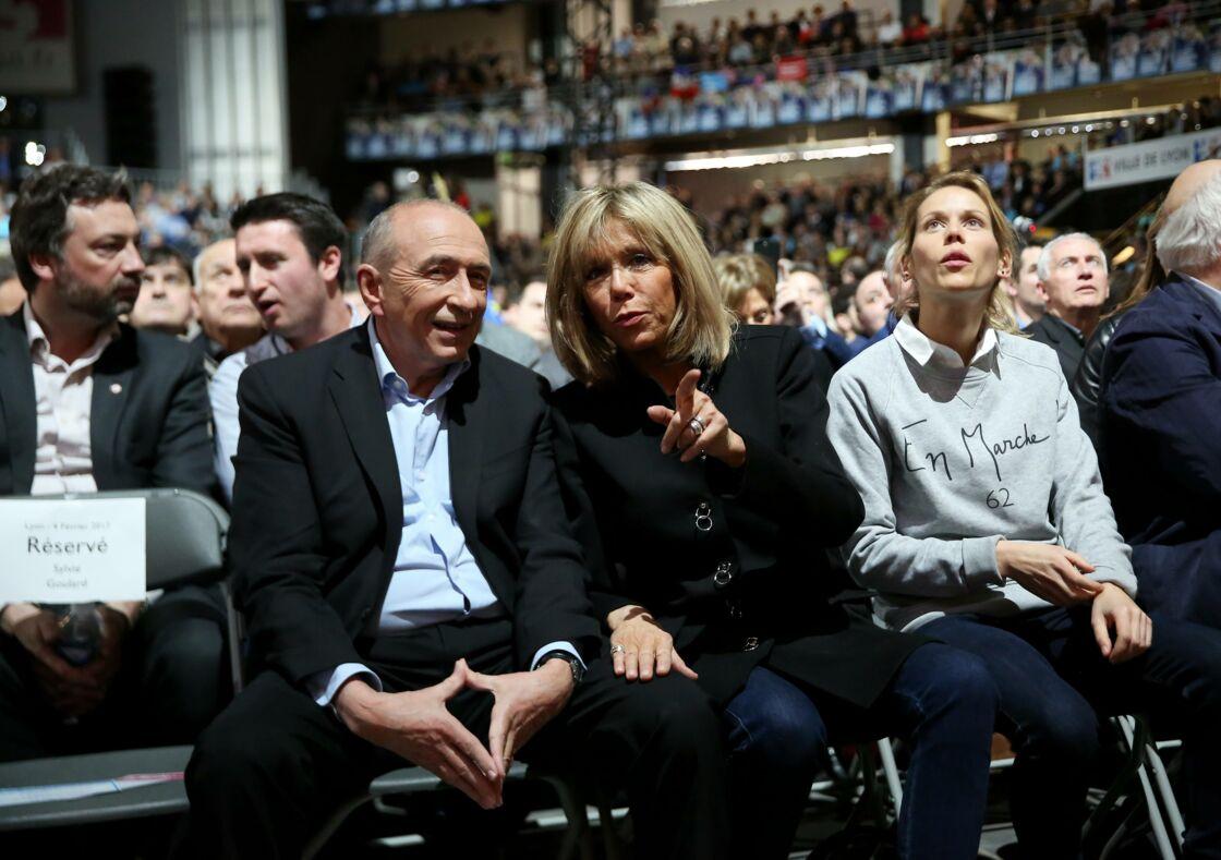 Gérard Collomb, Brigitte Macron et Tiphaine Auzière à un meeting En marche ! en 2017