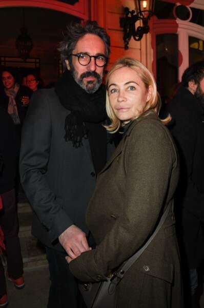 """Emmanuelle Béart et son mari Frédéric Chaudier  à la soirée du 10ème anniversaire de l'agence audiovisiuelle """"Flair production"""" à l'hôtel """"Le Marois"""" à Paris le 28 mars 2019."""