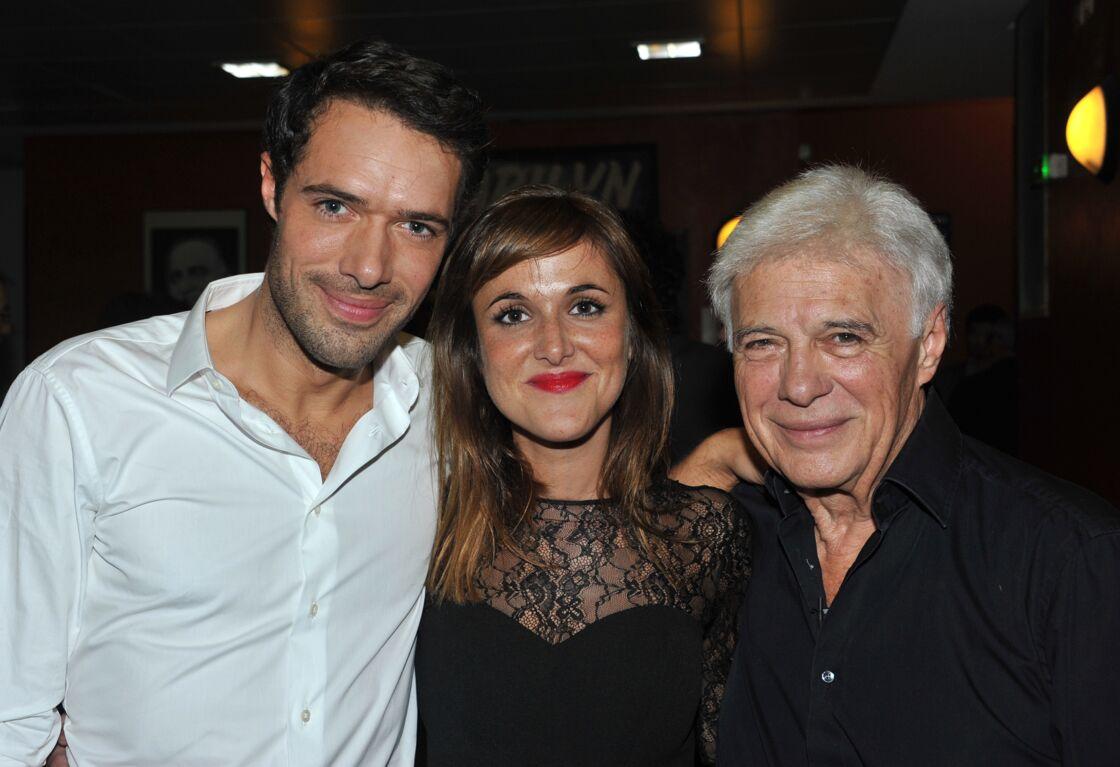 Nicolas Bedos et sa soeur Victoria aux côtés de leur père, Guy Bedos en 2013