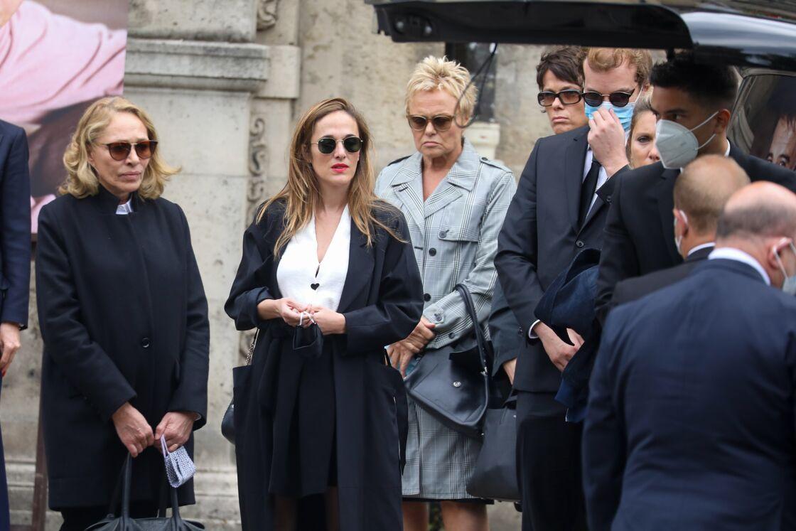 Muriel Robien très émue, aux côtés de Joëlle Bercot et Victoria Bedos