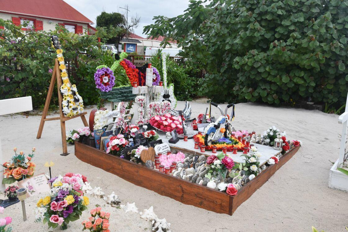 La tombe de Johnny Hallyday sur l'île de Saint-Barthélémy