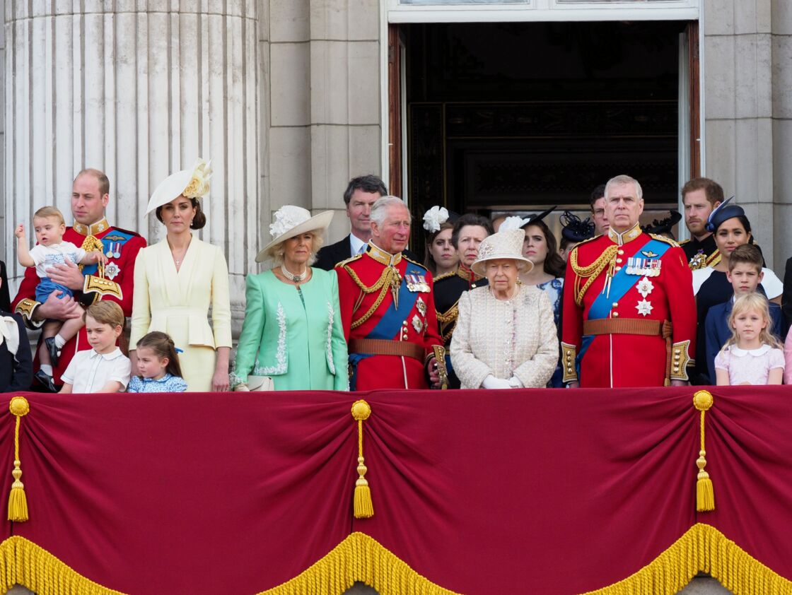 Meghan et Harry aux côtés de la famille royale britannique en 2019