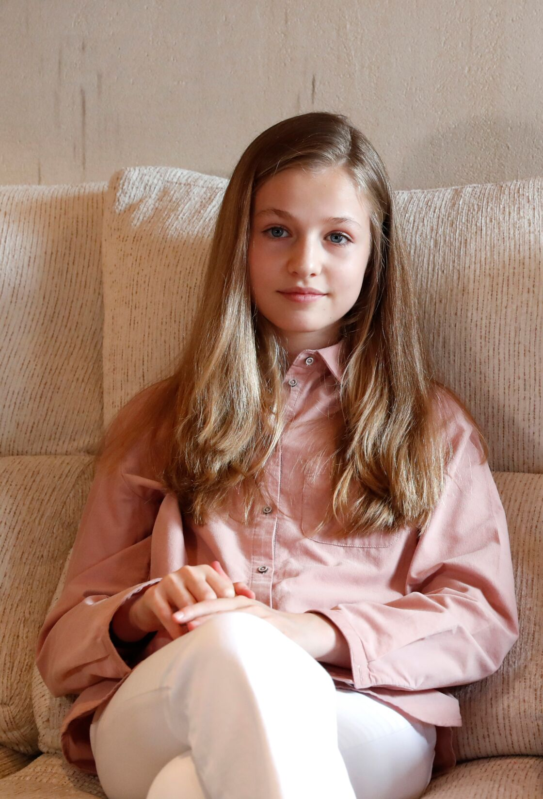 La princesse Leonor, 14 ans, future reine D'Espagne, en total look Massimo Dutti