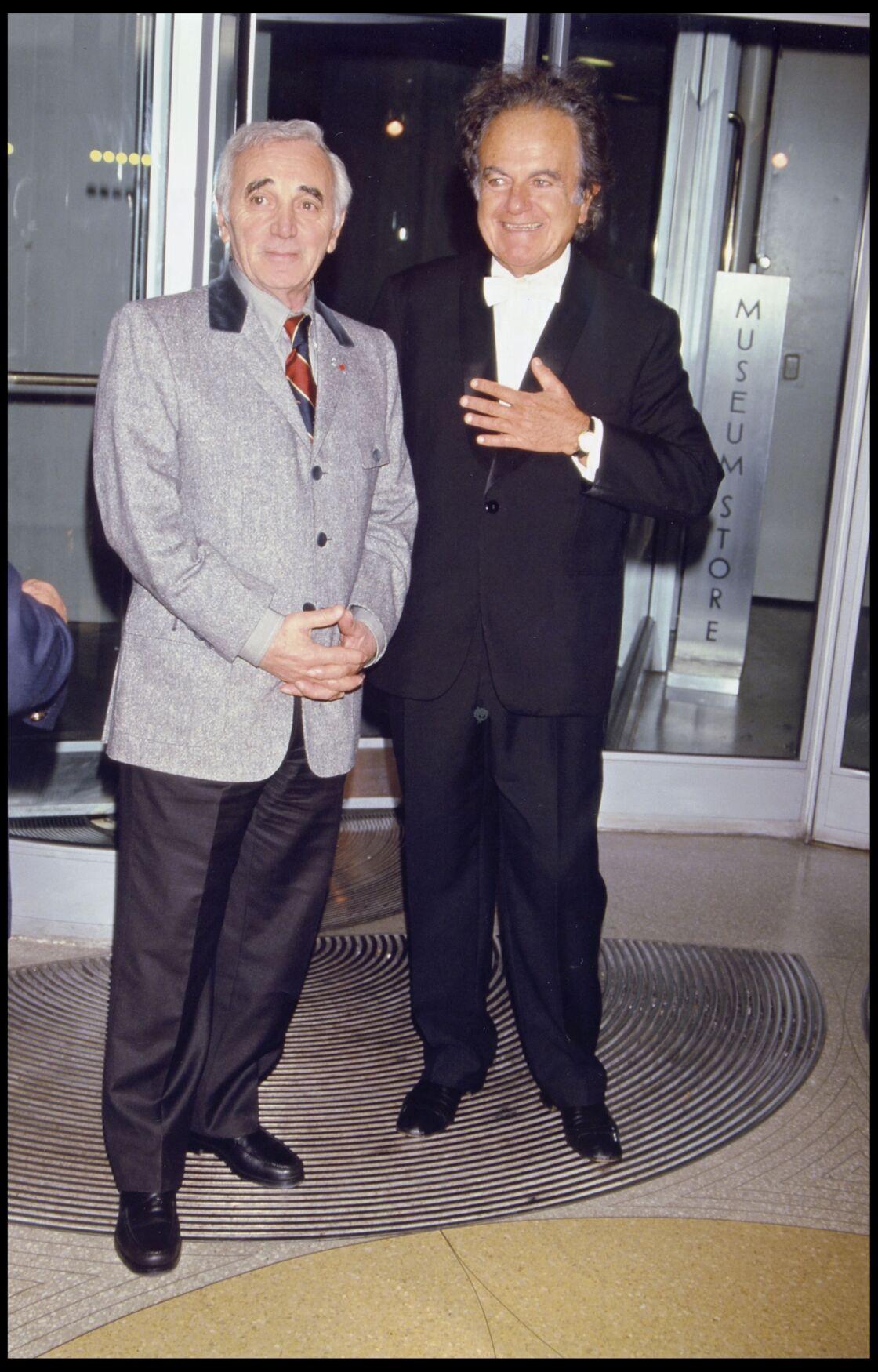 Charles Aznavour et Guy Béart, en 1998.