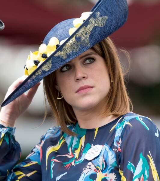 La princesse Eugenie d'York  assiste aux courses du Royal Ascot 2017 à Londres le 23 juin 2017.