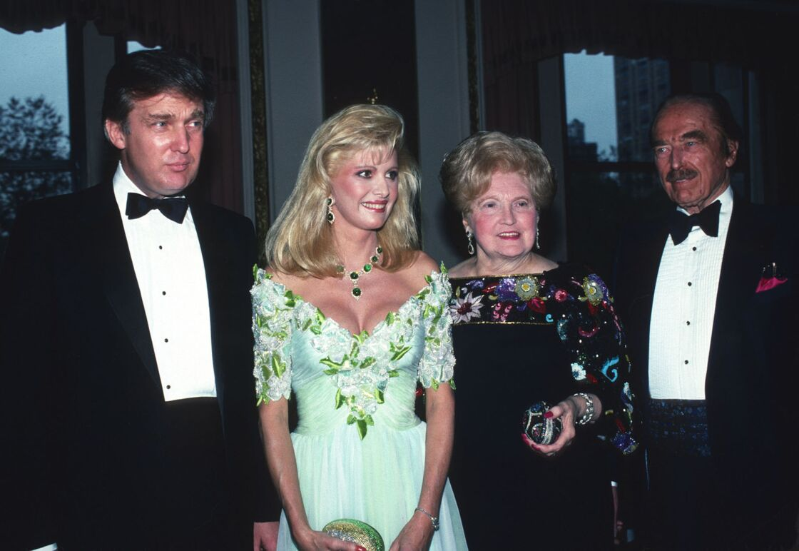 Donald Trump, sa femme Ivana, ses parents Mary Anne et Fred Trump en 1987