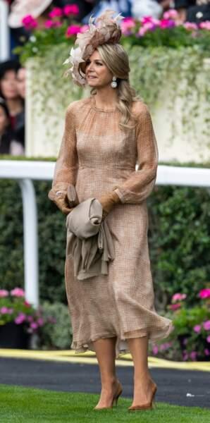 La reine Maxima des Pays-Bas lors de la première journée des courses d'Ascot 2019 le 18 juin 2019.