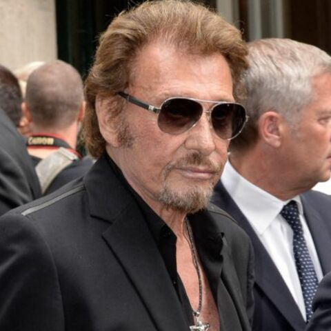 Johnny Hallyday entre aux Archives nationales