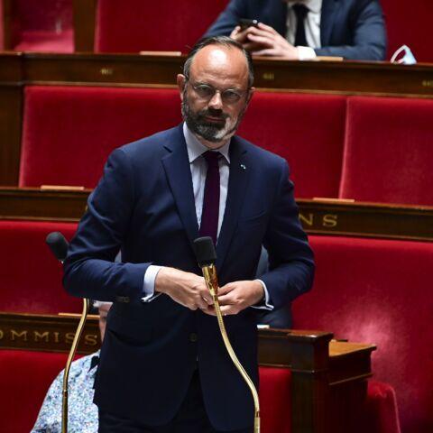 """Edouard Philippe s'en prend à Jean-Luc Mélenchon et """"son idée baroque"""""""