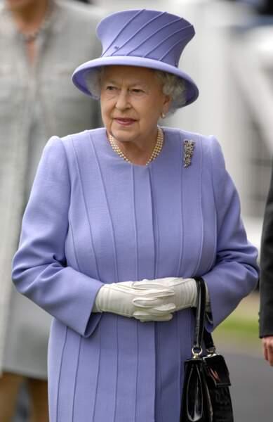 La reine d'Angleterre, le 22 juin 2012 à Ascot.
