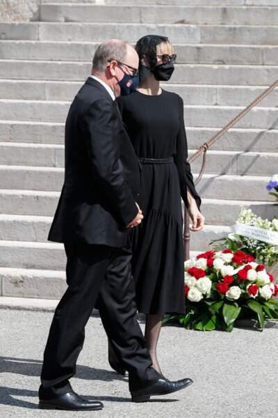 Le prince Albert II de Monaco a assisté aux funérailles de la baronne de Massy, avec son épouse Charlene.