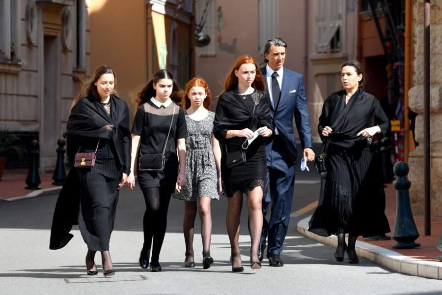 Sébastien Knecht de Massy avec sa femme Knecht de Massy et leurs enfants Vittoria, Alexia et Christine.