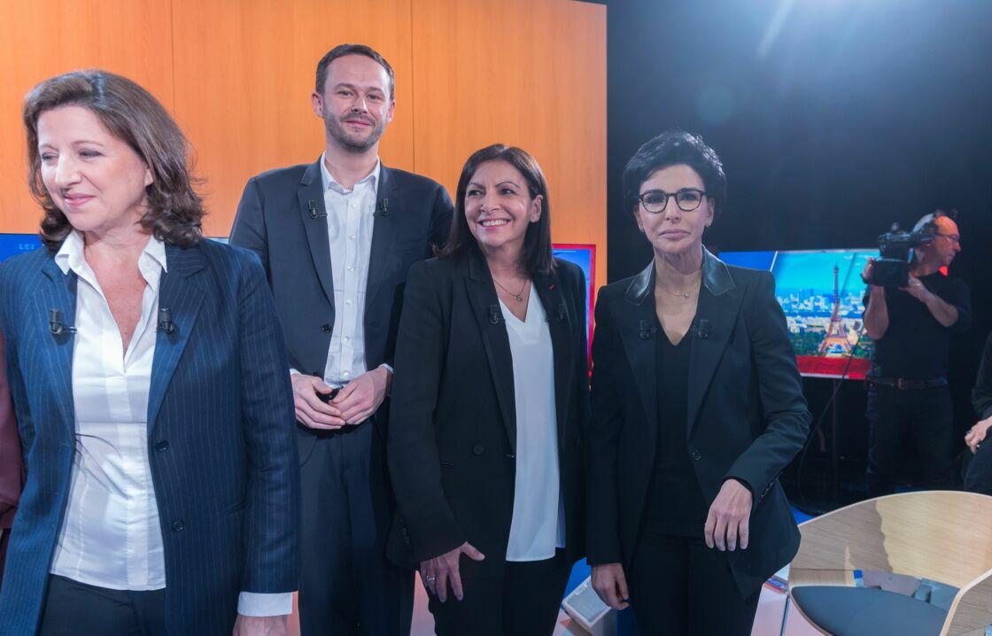 Lors d'un précédent débat qui a eu lieu début mars, les trois candidates à la mairie de Paris affichaient un sourire de façade.