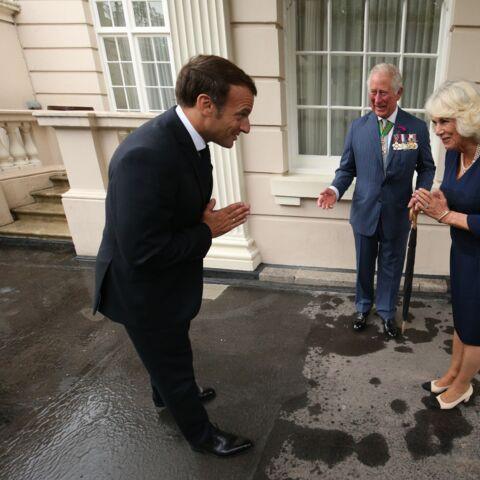 PHOTOS – Emmanuel Macron et le prince Charles: un accueil chaleureux et distancié