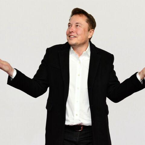 Elon Musk dément avoir eu une relation à 3 avec Amber Heard et Cara Delevingne