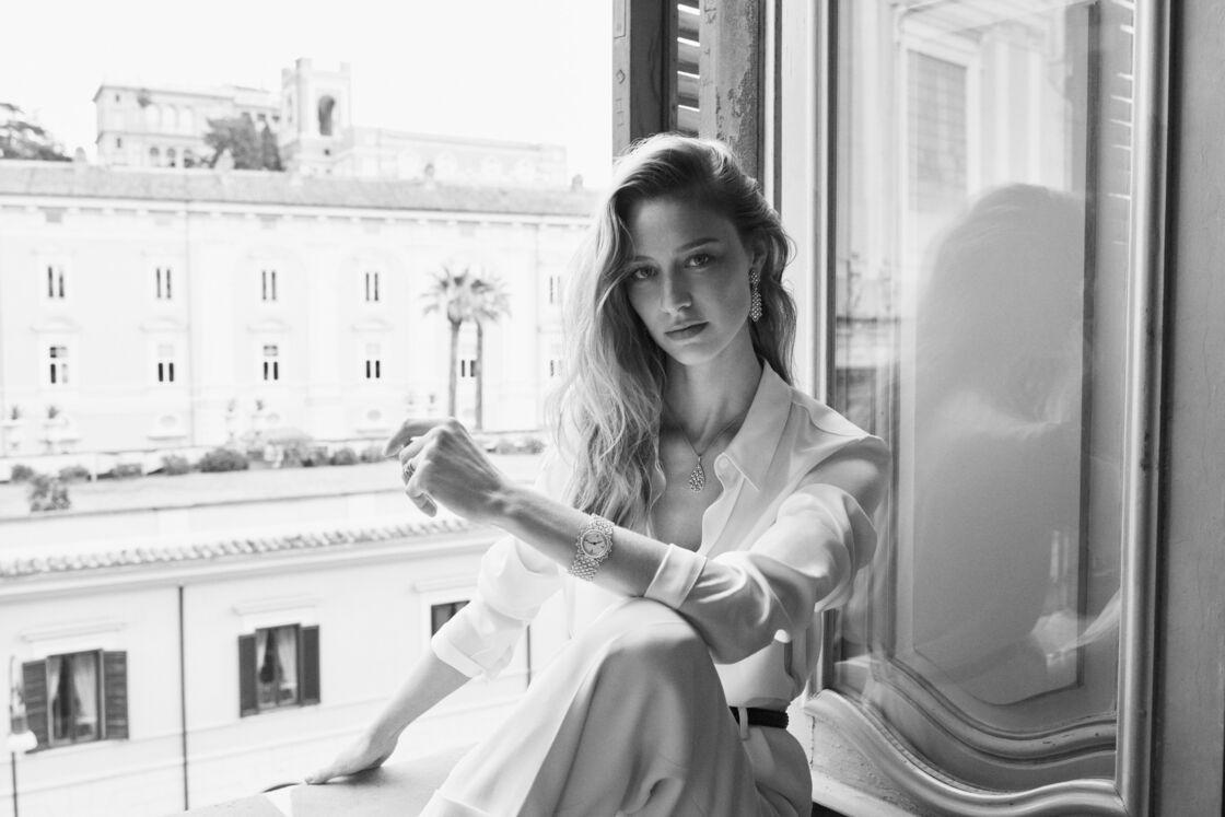 Beatrice Borromo porte un collier de la collection Ramage de Buccellati